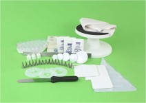 PME Royal Icing Kit Contents
