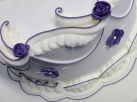 royal icing scrolls overpiping
