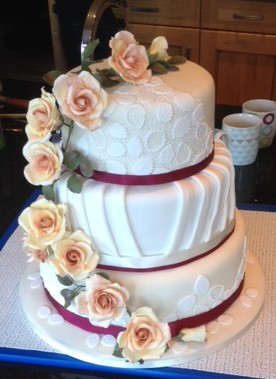 Linda Morris wedding cake